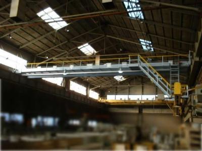 天井クレーン1